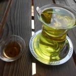 Safran çayı ve bal